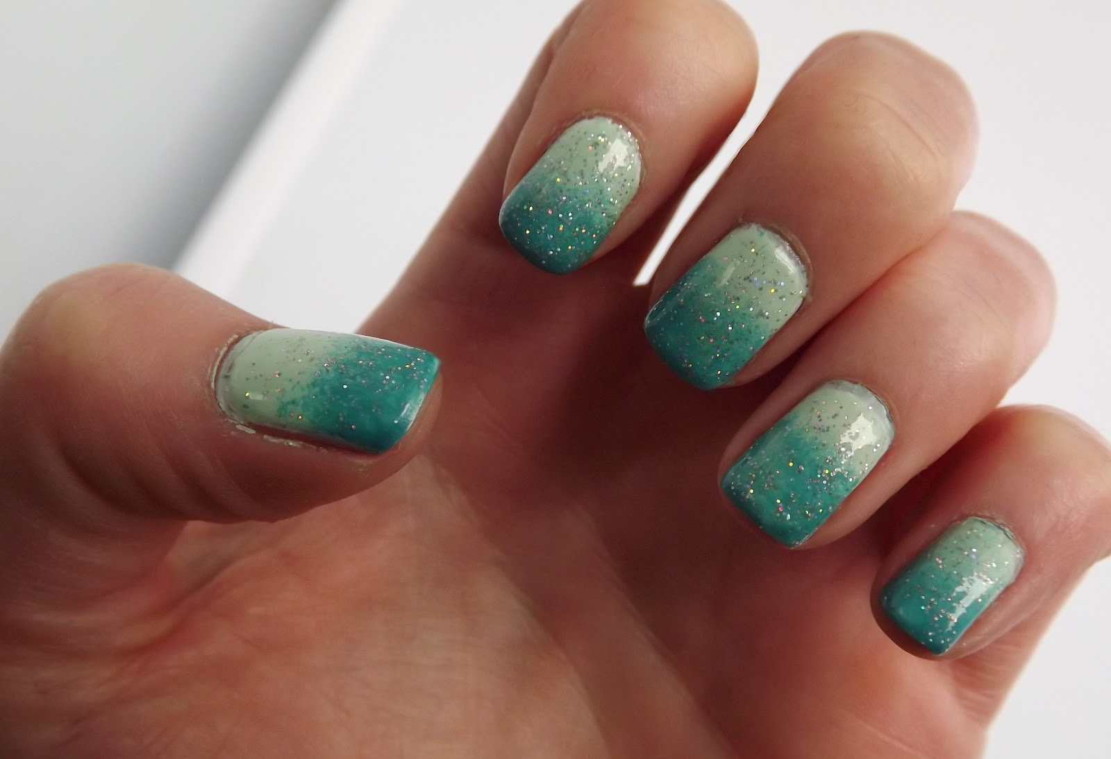 Nail of the Day - Mint Ombre featuring Essie Mint Candy Apple and ...