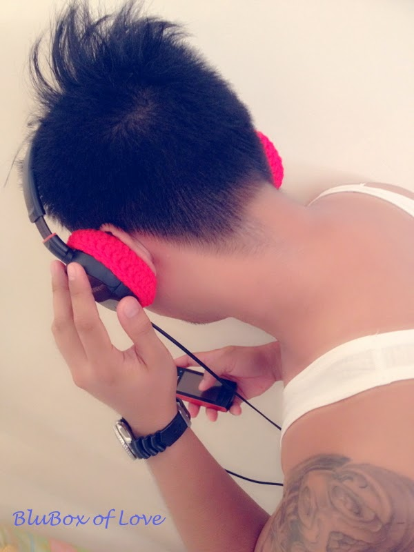 Wearing simple Headset Cozies