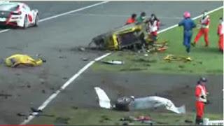 video ferrari dalam kecelakaan yang mengerikan