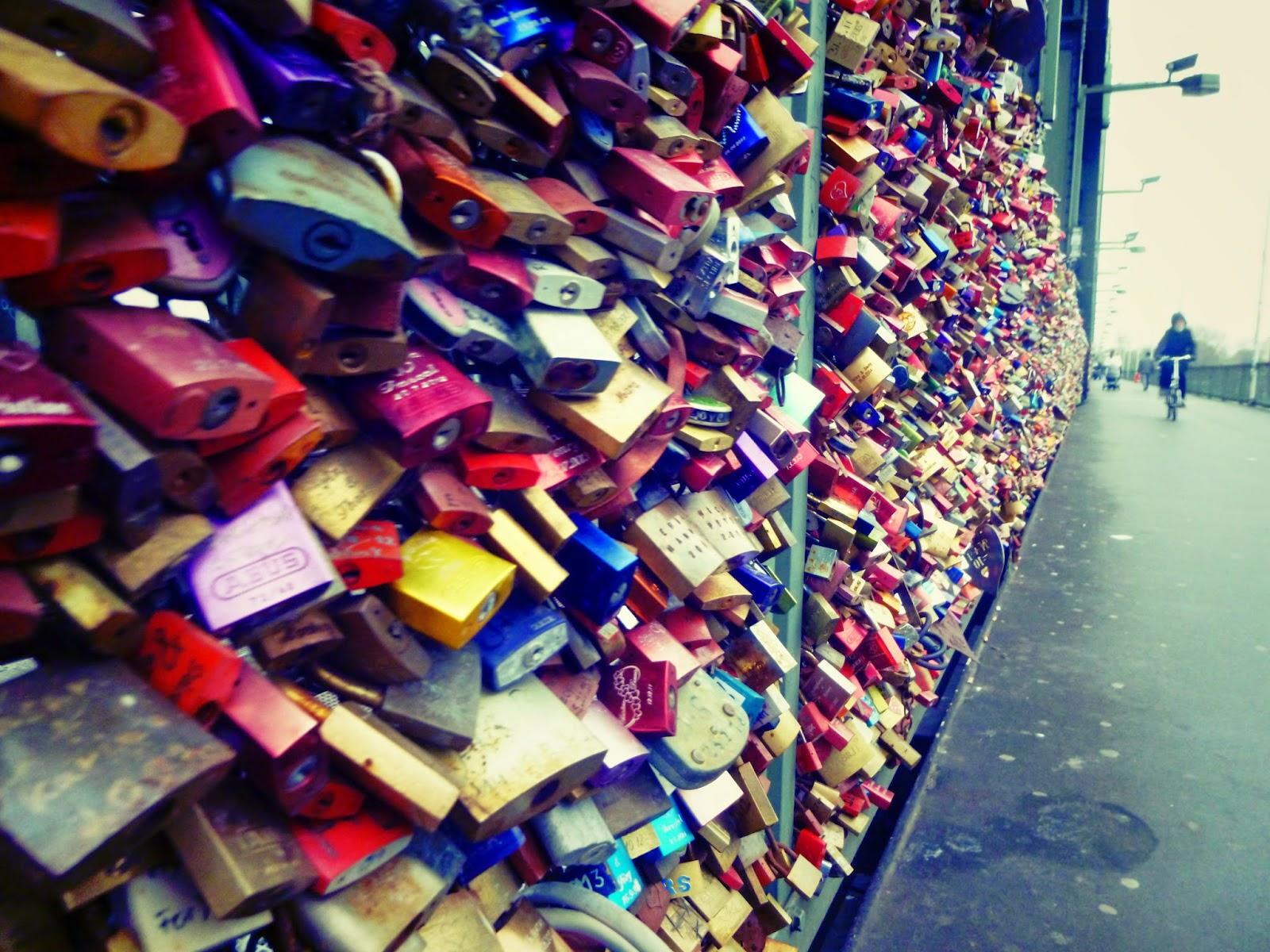 cologne bridge locks