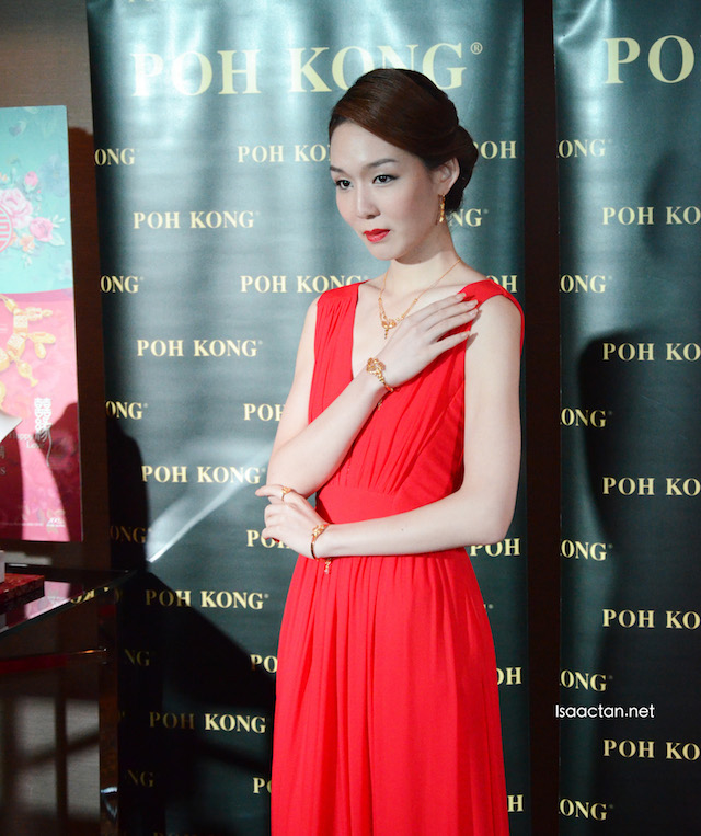 Fully decked in the latest jewelleries from Poh Kong