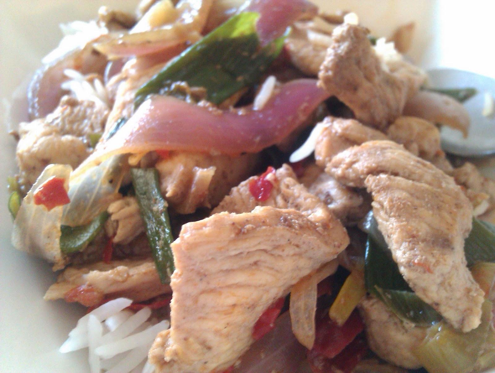 500g chicken, cut into thin strips