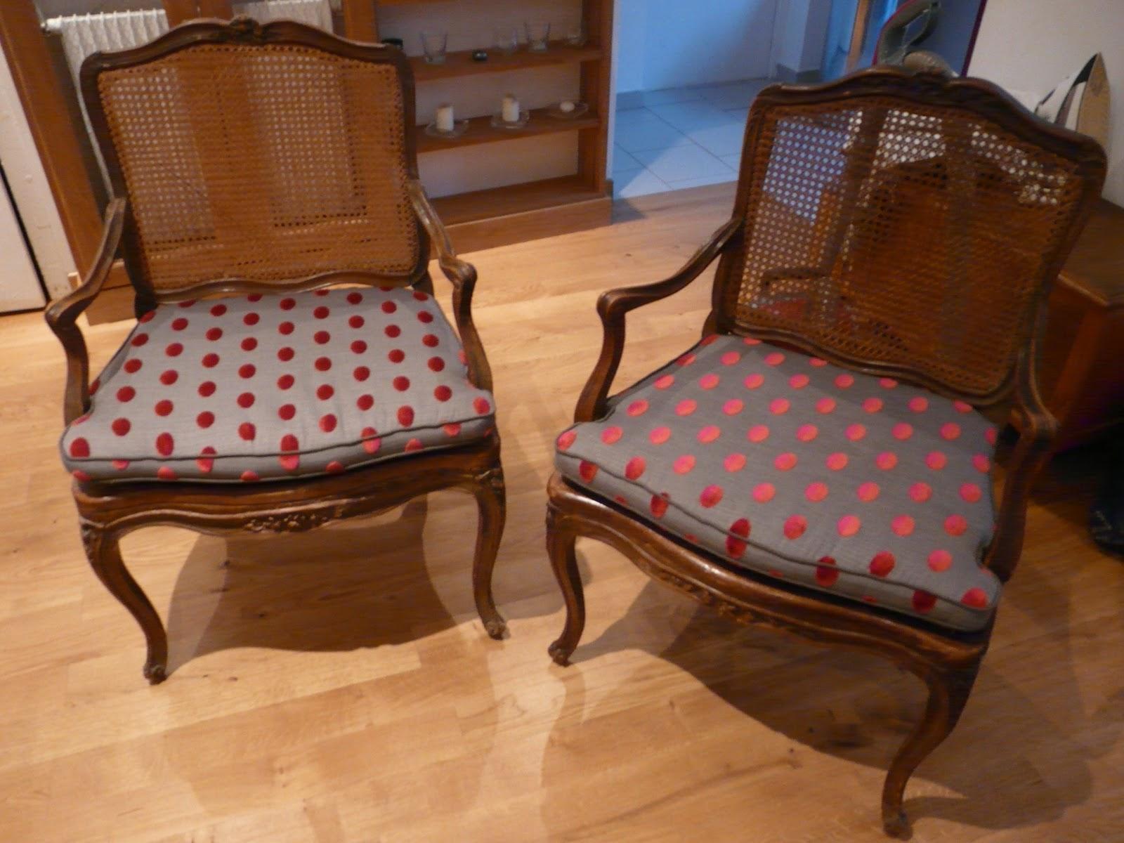 le siege dans tous ses etats coussins pour fauteuils louis xv cann s. Black Bedroom Furniture Sets. Home Design Ideas