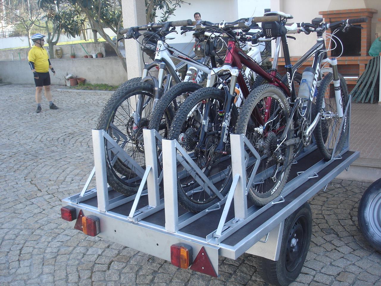 Ajuda - Vou modificar um atrelado só para levar as bikes DSC00254