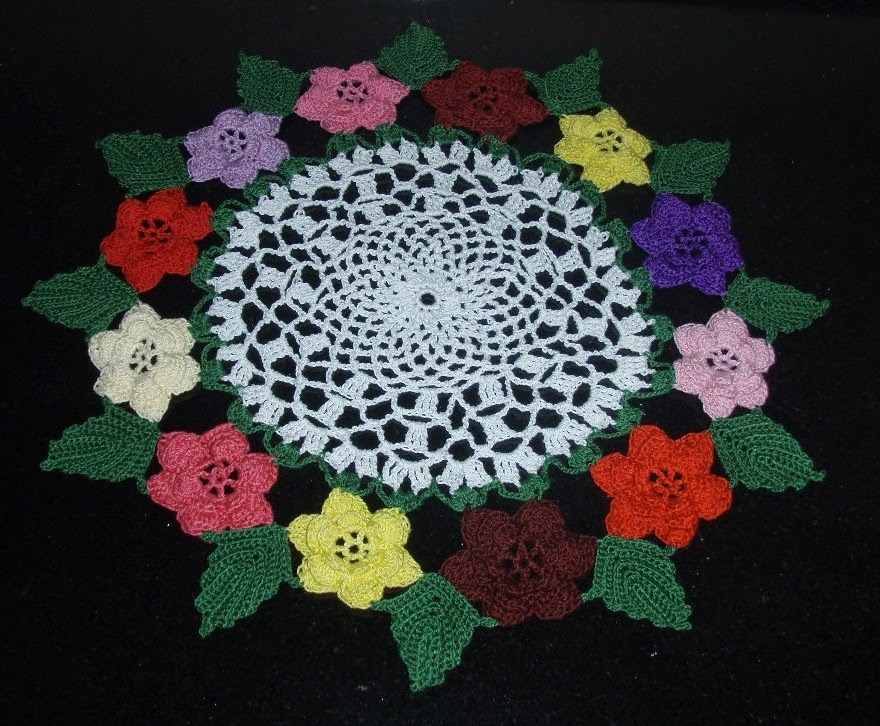 Irish Doilies Crochet Free Patterns : Irish Doily with 12 roses ~ Free Crochet Patterns