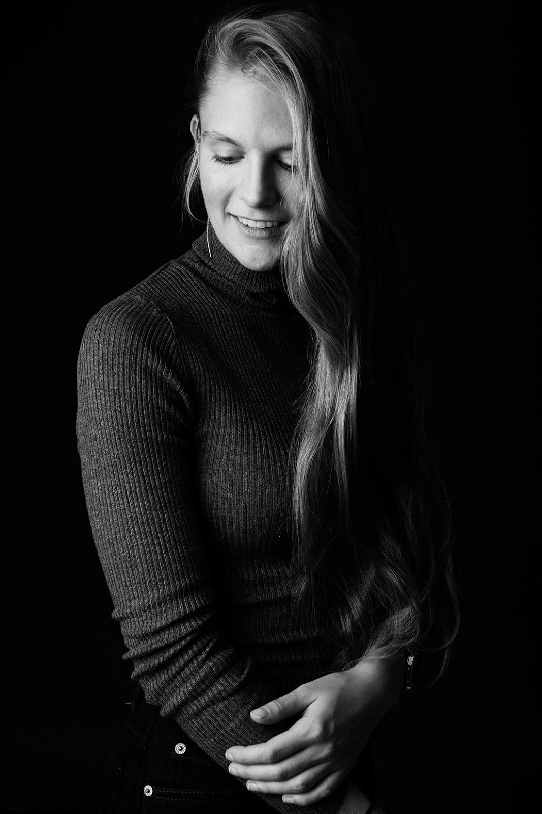 Emma Holten Nude Photos 99