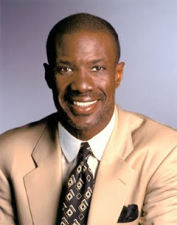 "Bishop Noel Jones CA Megachurch Pastor Noel Jones, Brother of Singer Grace Jones, is Now Offering Less ""Influential"" Pastors ""Spiritual Covering"" for a Fee, Isnt that Shady?"