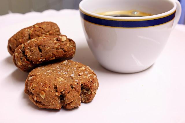 Bolacha de aveia, caseína e peanut butter