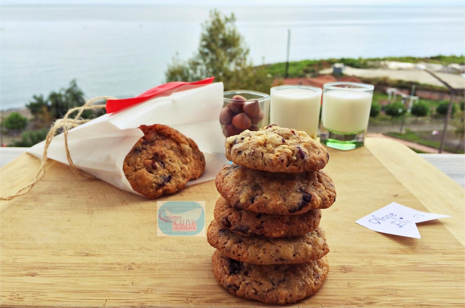 Çikolata Parçalı Kurabiye (Chocolate Chips Cookies)