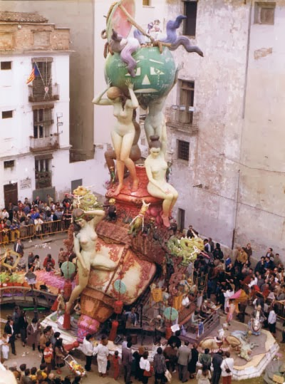 http://www.4shared.com/download/hkT6-sXTce/1985_-_Plaza_del_Pilar__Vicent.png