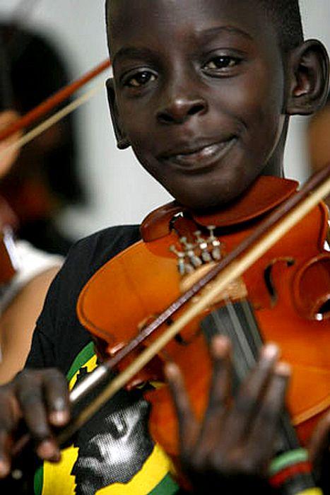 حكاية العازف الحزين , حكاية الطفل البرازيلي دييكو , أكثر صورة اثارة للمشاعر في التاريخ الحديث