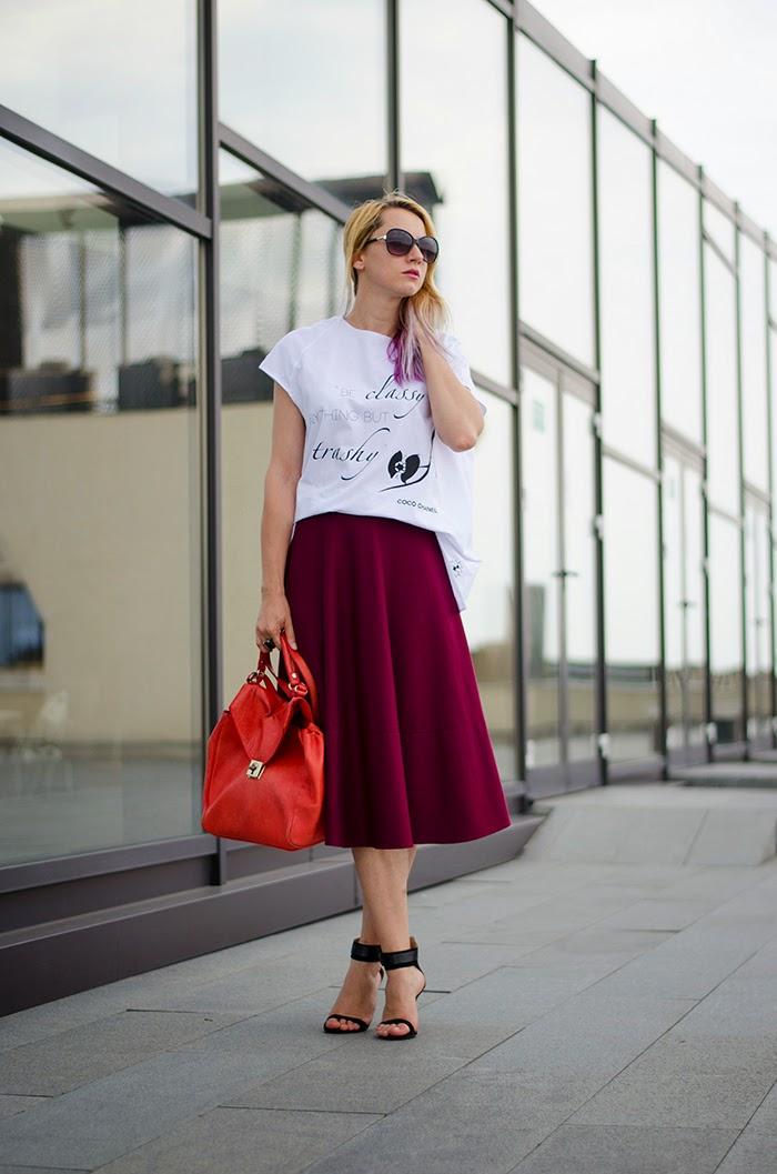 Vigo studio yellow motif t-shirt Asos skirt Zara sandals