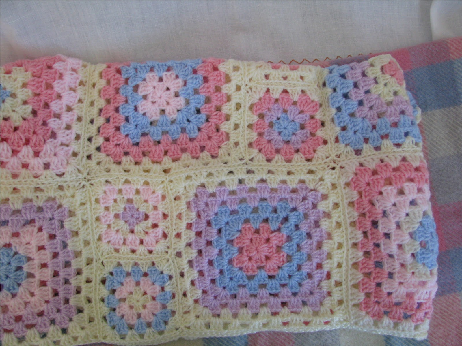 Crocheting A Baby Quilt : Shortbread & Ginger: Crochet Baby Blanket