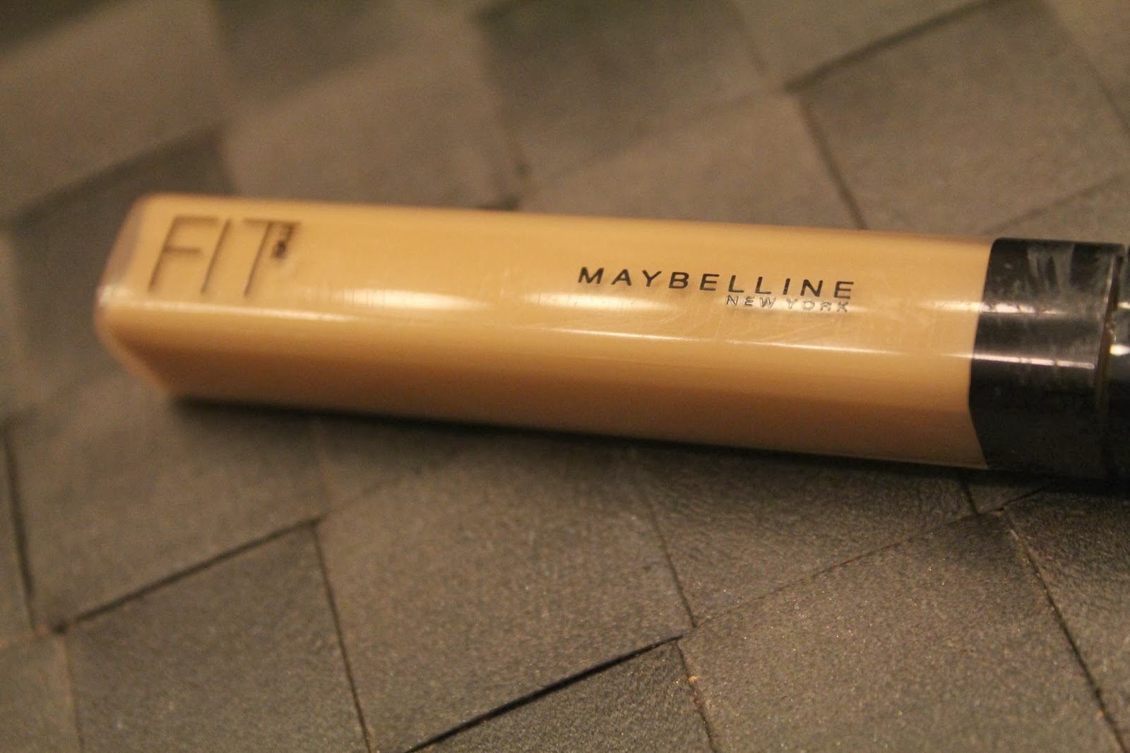 Susibeauty Xoxo Maybelline Fit Me Foundation Stick Review