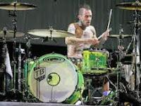 Travis Barker, Drummer Punk Terpopuler Di Eranya