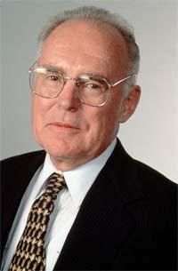 Biografi Gordon Moore - Pendiri Intel Corp