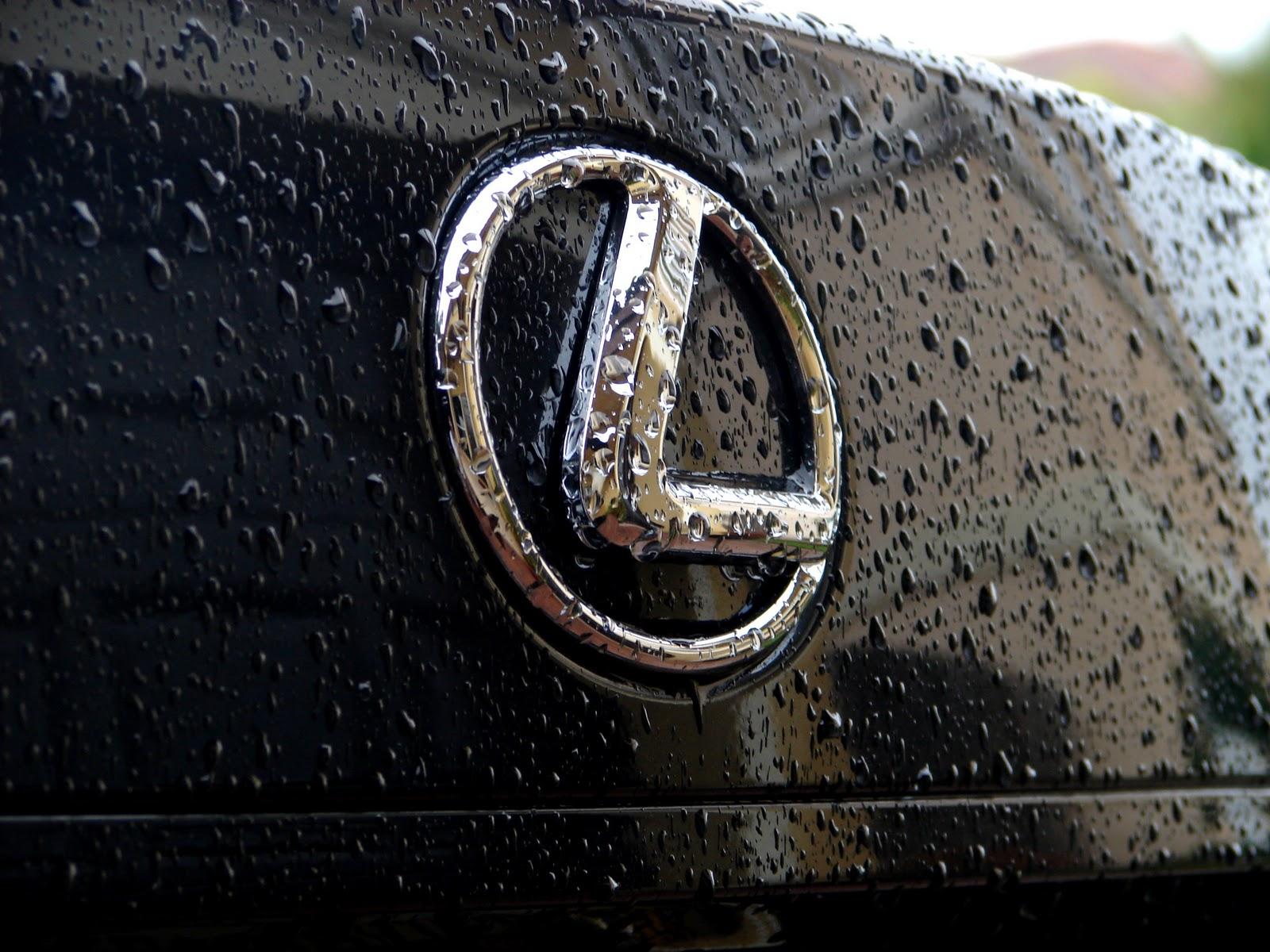 http://1.bp.blogspot.com/-hAijLk2B2Uk/TyLTfqDI6xI/AAAAAAAAAiI/FsdfP-L8wx0/s1600/Lexus_by_Darkreaper17.jpg