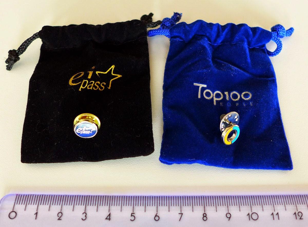 pins personalizzate in sacchetto