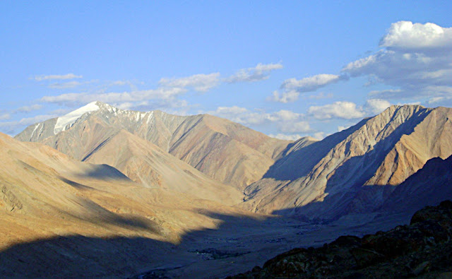 dusty harsh landscape of the Ladakh mountains