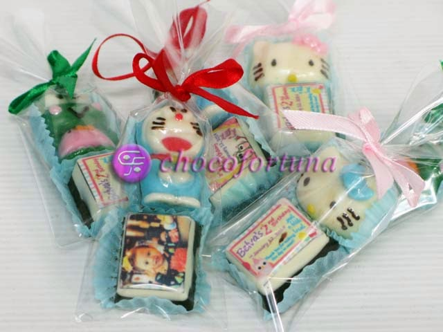 cokelat coklat edible hello kitty doraemon