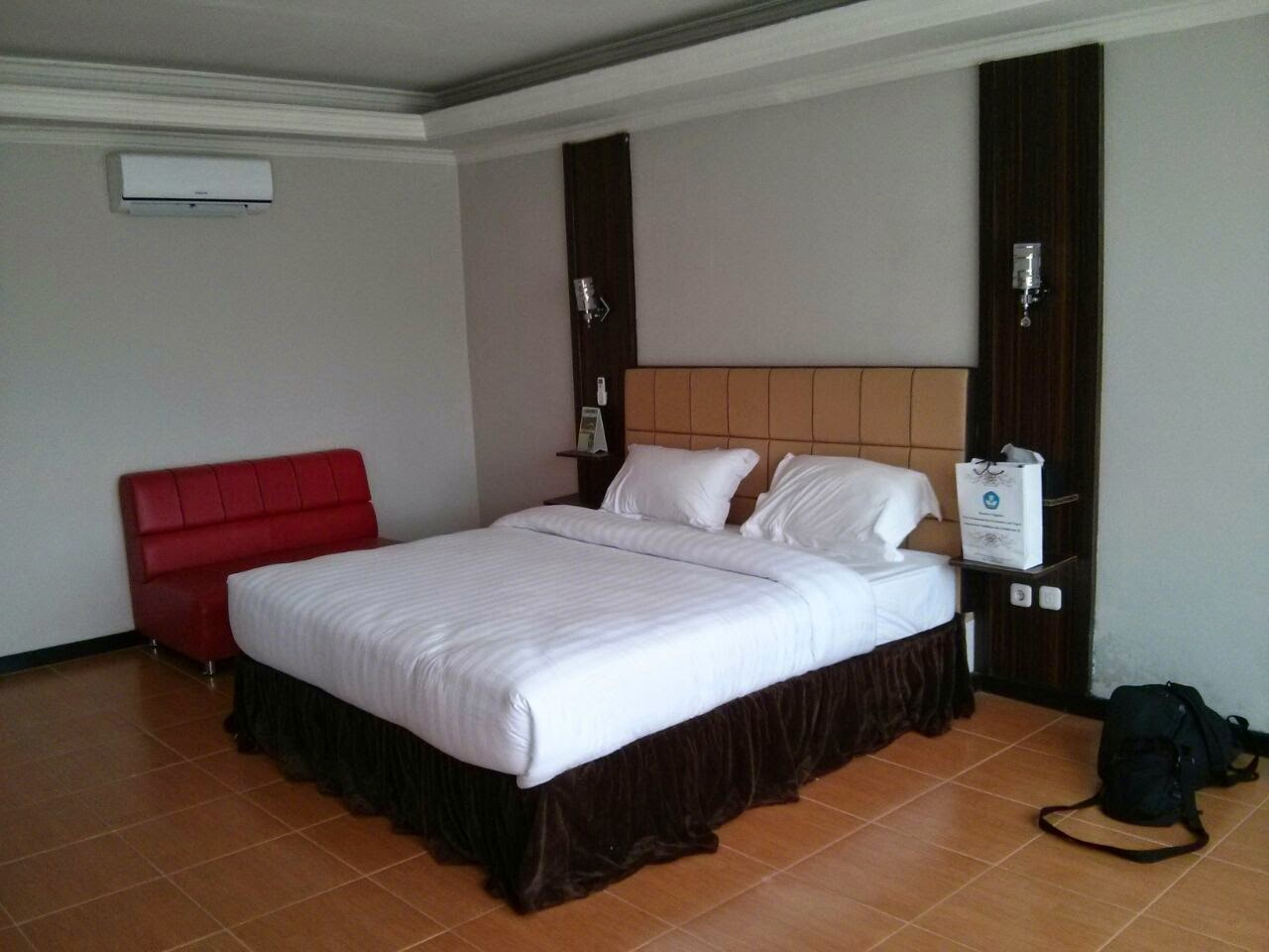Check In Hotel Golf Resort Cikadang Sukabumi 2