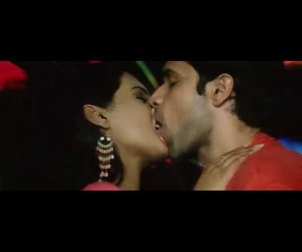 emraan hashmi kissing scenes from movies bollywood pandit   a guru