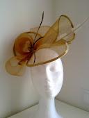 Pamela ideal para esa ocasión especial, bonita, elegante...