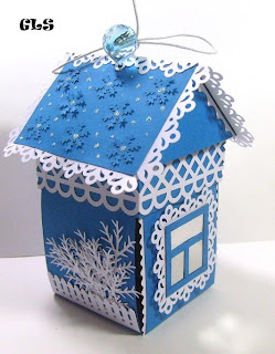 Новогодние домики из коробки своими руками