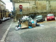Corleone, scioperano i lavoratori dell'Ato rifiuti, da oltre due mesi senza stipendio