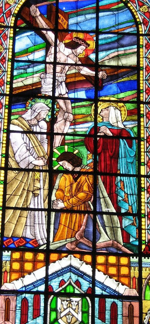Stained-glass window in Sto. Domingo Church