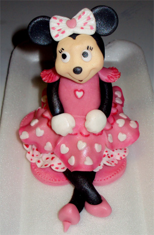 Minnie Mouse Cake Topper Images : Delicious Minnie Mouse Cake Topper Mickey and Minnie ...