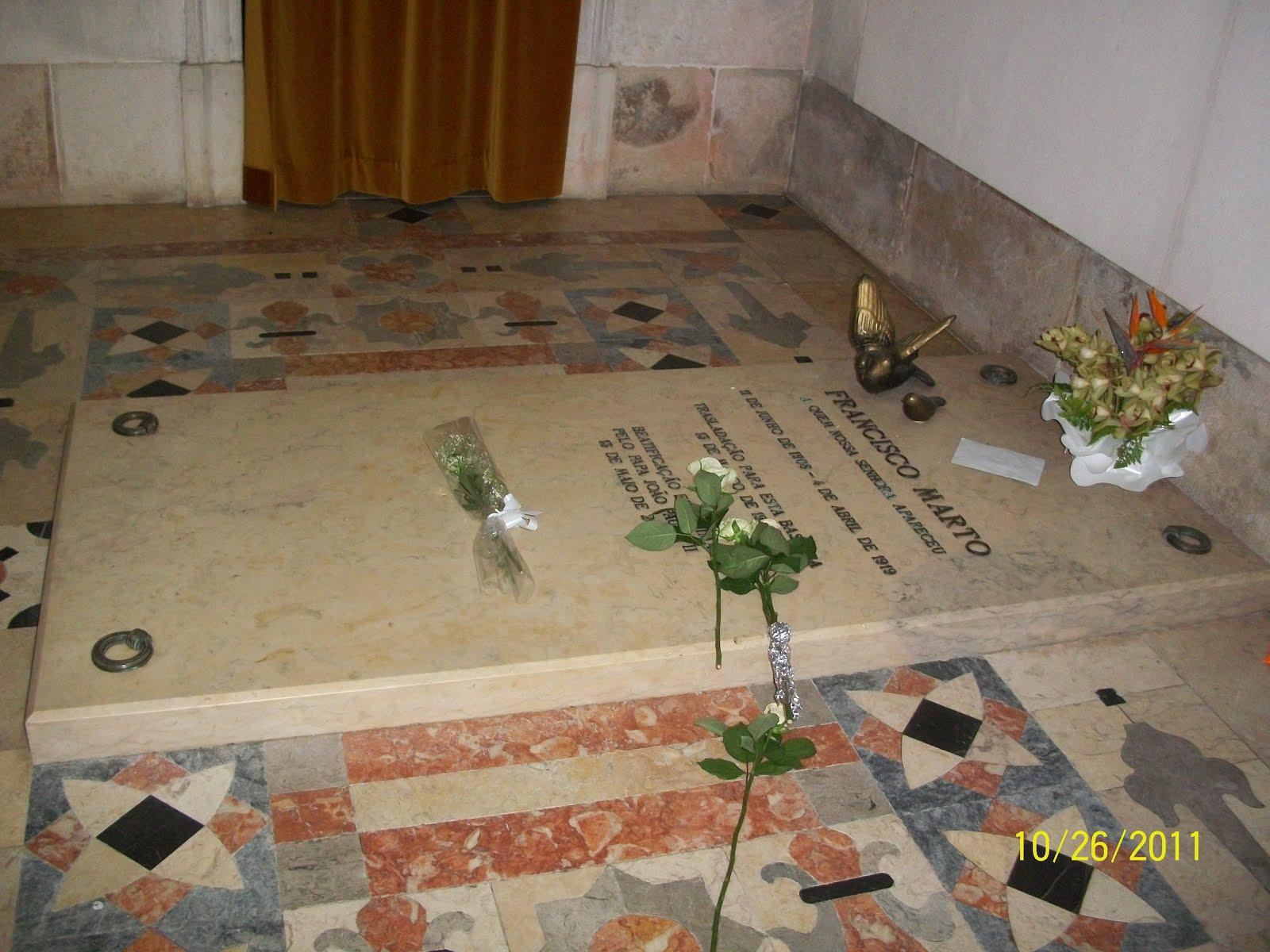 Túmulo de Francisco Marto
