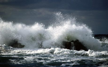 море шторм картинки