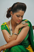 Shilpa chakravarthy sizzling photos-thumbnail-5