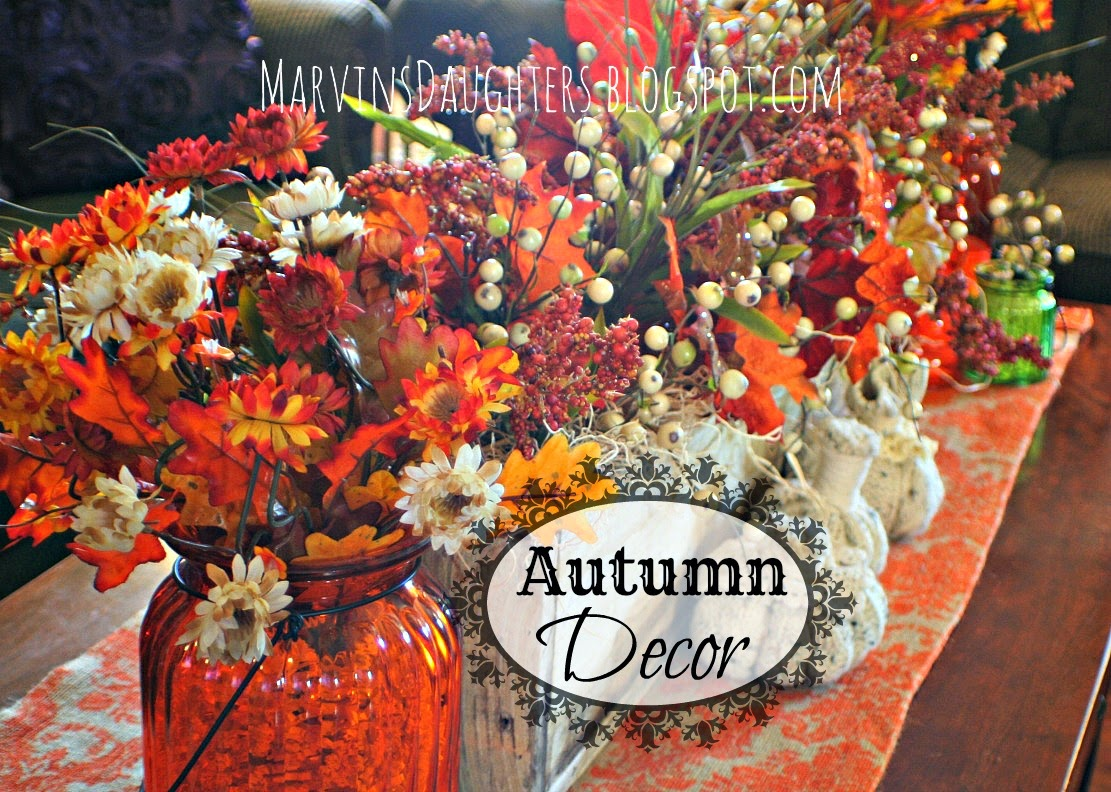 marvinsdaughters autumn decor coffee table