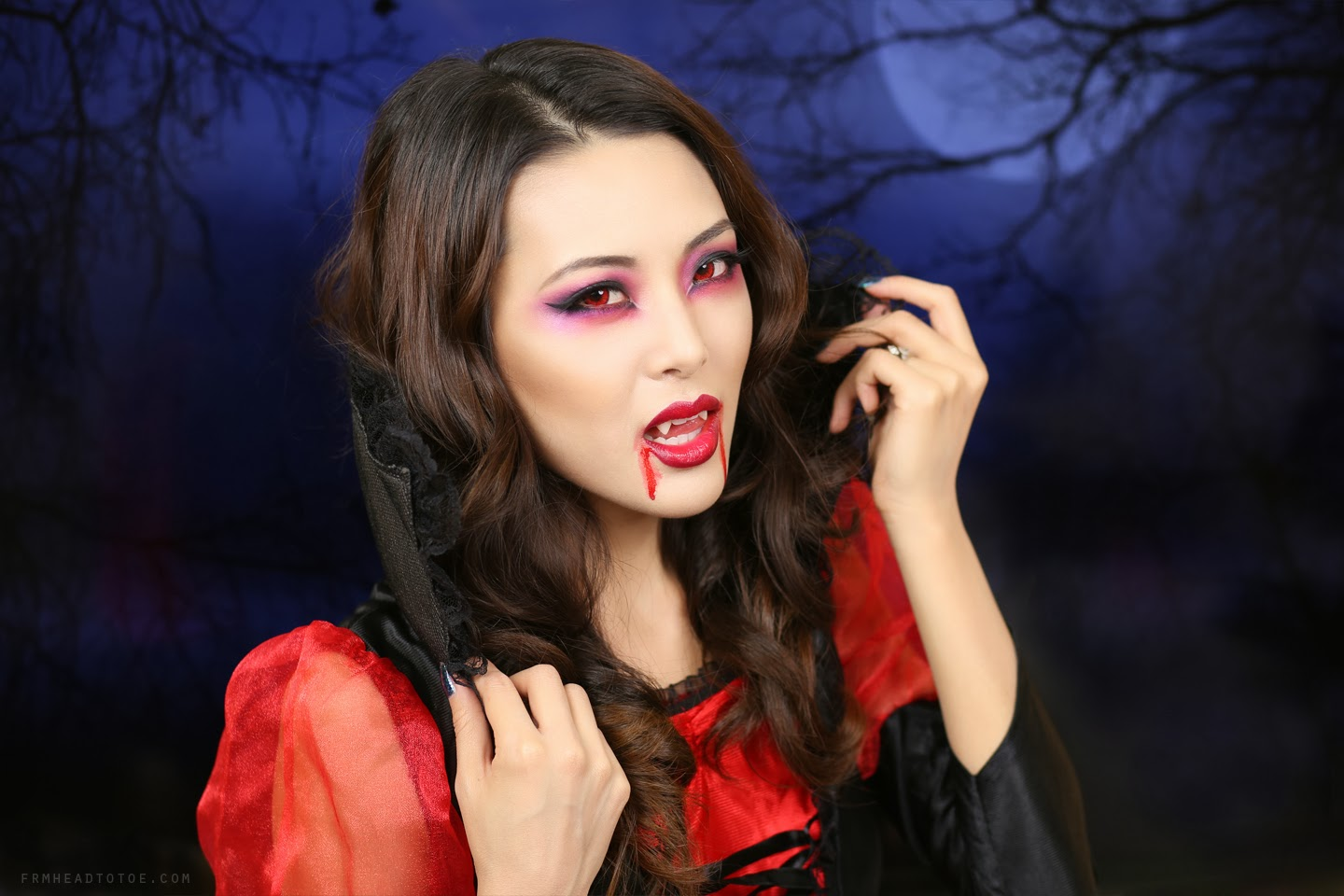 tutorial sexy vampire makeup halloween 2013 from head. Black Bedroom Furniture Sets. Home Design Ideas