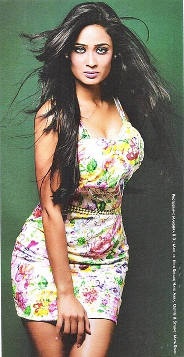 Famous Television Star Shweta Tiwari in Short Skirts - Indian Fashion