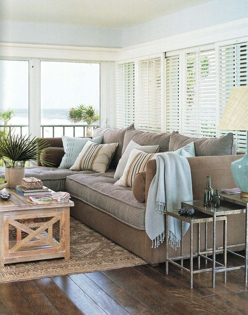 Coastal style pale blue beige hamptons style - Airy brown and cream living room designs inspired from outdoor colors ...
