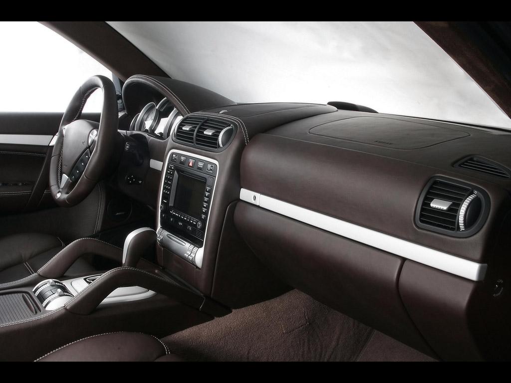 Fast cars online porsche cayenne interior for Porsche cayenne interior images