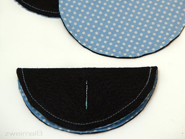 :: zweimalB :: DIY Anleitung für Glückskekse - mittig auf den gefalteten Kreis ein kurzes Stück geradeaus steppen