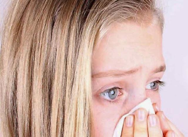 """Nos consultórios, os casos de crianças com """"olho seco"""" passaram a ser habituais."""