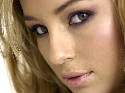 Keeley Hazell Zoo