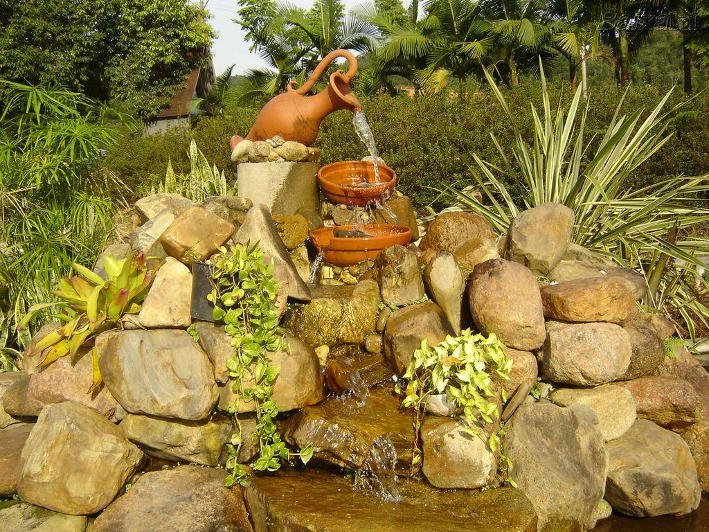Idéias para campos e jardins Fonte de Jardim