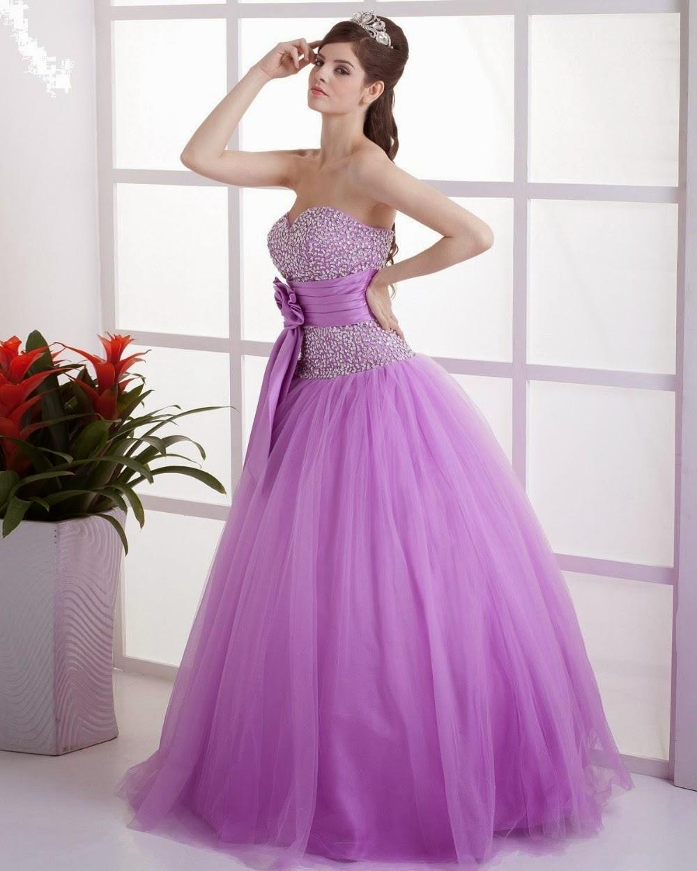 Moda y estilos: Vestidos color lila, morado, violeta.