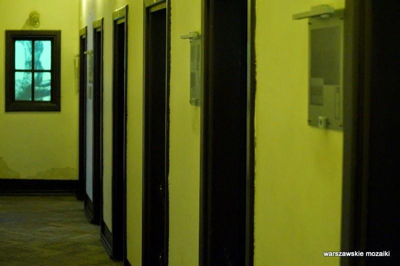 Warszawa muzeum siedziba gestapo cela izolatka