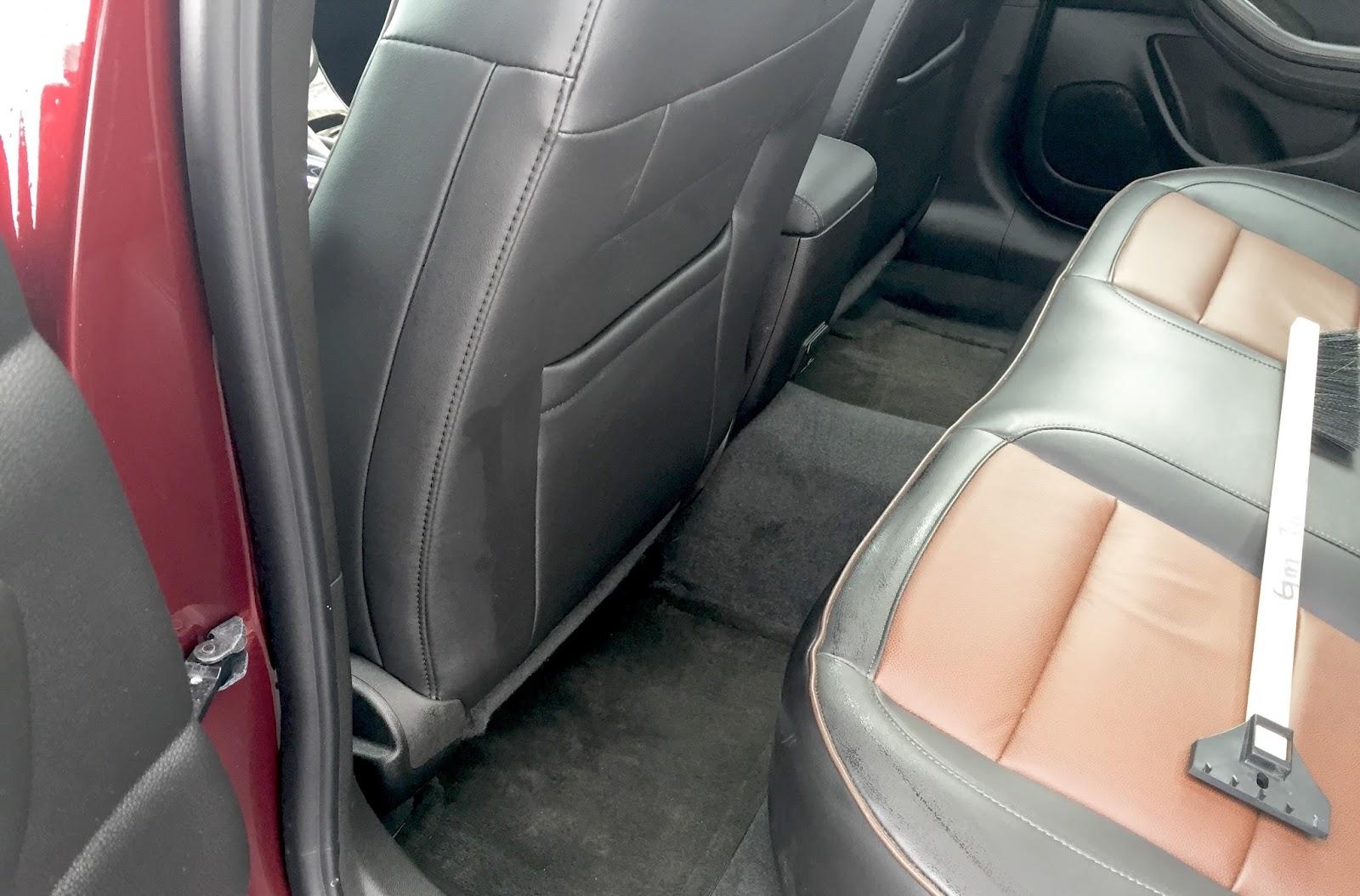 2015 Chevrolet Malibu LTZ back seat