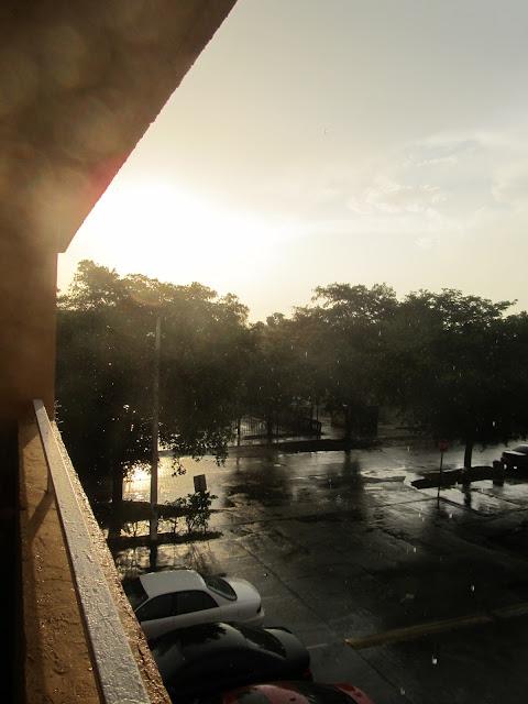 sunset photo,raining photo, hialeah