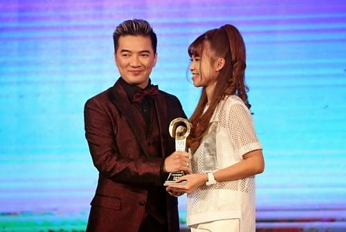 Khởi My giành giải Video phim ca nhạc có lượt xem nhiều nhất với Gửi cho anh 2