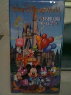 Moedas prensadas com personagens da Disney