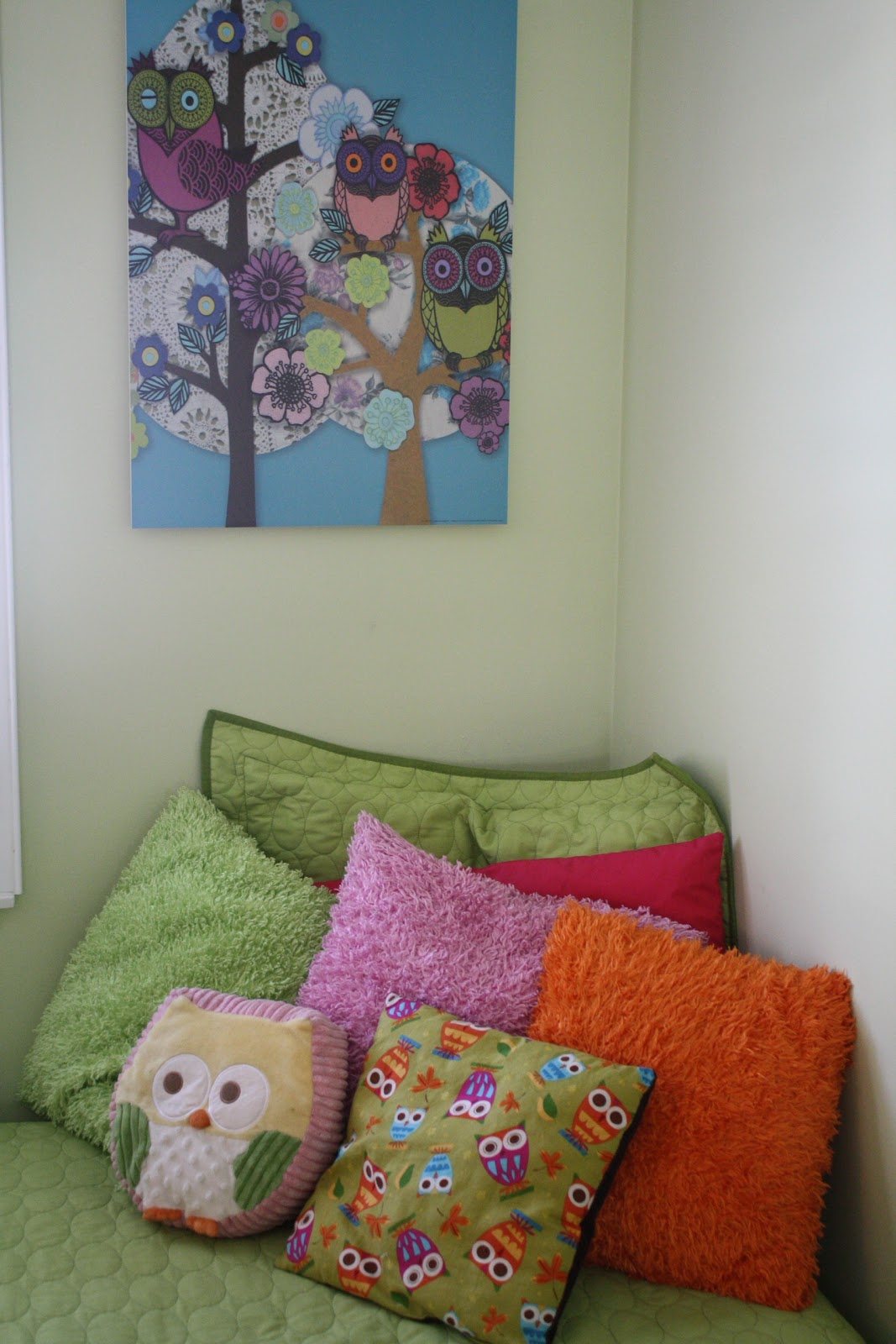 Owl Themed Bedroom On A Budget
